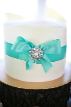 bow cake, wedding shower cakes, sweet bow, vow renewals, candl, renew vow