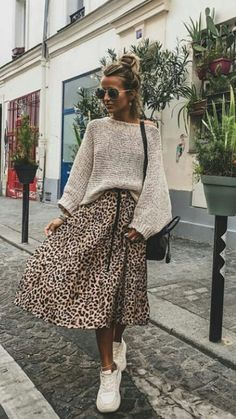 Spring style, Spring Fashion || transitional spring style; leopard midi skirt