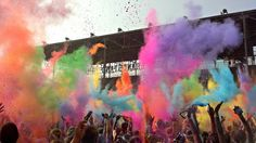 Colors flying high @The Color Run ™