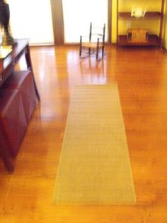 How to Remove Scratches from a Polyurethane Wood Floor Finish
