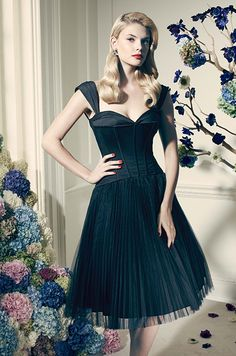 Sweetheart corset-inspired satin bodice helps create a flawless and beautiful silhouette. Truly Zac Posen, David's Bridal