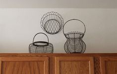 [house%2520045%255B3%255D.jpg]    This person used wire baskets.  Just another idea to think about.