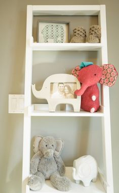 Love this ladder-shelf idea to store all of Hudson's little eles