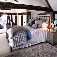 country homes | country-christmas-home-christmas-bedroom-country-homes-interiors ...
