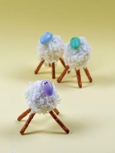Easter: Little Lamb Cake Balls