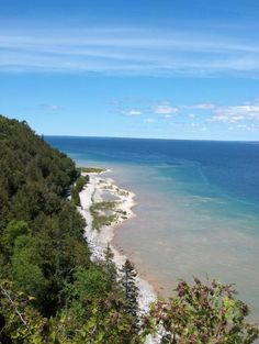 Michigan with Kids - reviews of kid-friendly hotels and attractions in #puremichigan, written by parents like you