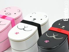 So cute these bento boxes! I want them all!!