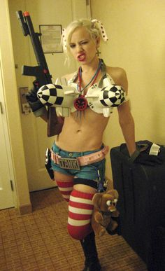 I want to do a Rule 63 Tank Girl Cosplay... Rocket Cod piece.