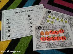 Miss Kindergarten: Halloween centers