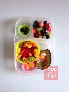 Fresh fruits and veggies packed for lunch!   packed with @EasyLunchboxes containers