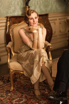 Lady Edith (Laura Carmichael) -- Downton Abbey hats and costumes - series four, set in 1922