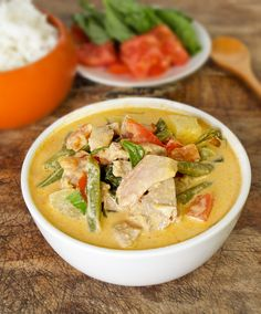 Thai red curry with duck and green beans