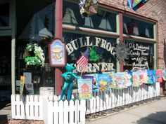 There are great little shops in Southport, like The Bull Frog Corner!