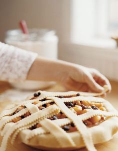 How to weave a lattice pie crust
