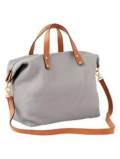 A great neutral carry-on bag - the double straps are a winner! / the love assembly