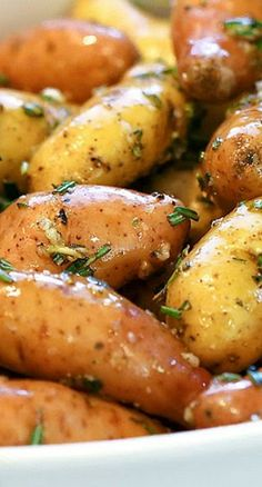 Oven Roasted Rosemary Garlic Fingerling Potatoes ~ The easiest side dish recipe you will ever make!