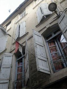 shutters & banners--FleaingFrance