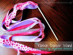 Daydream Believers: Tutorial: DIY Ribbon Wand