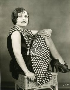 vintag, shoes, polka dots, roar 20s, 1920s fashion, dresses, hair, flappers, roar twenti