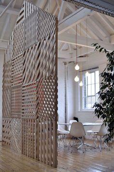 pallet wall screen, interior, pallet walls, offic, wall dividers, loft spaces, pallets, wood walls, room dividers