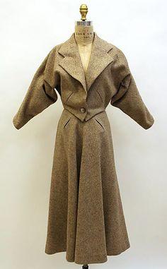 """Wool suit by Madame Grès (Alix Barton), French, 1950-51. Label: """"GRÈS, 1 Rue de la Paix, Paris"""""""