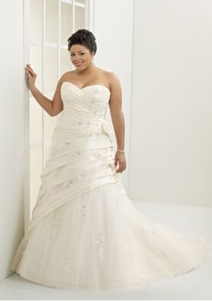 wedding dressses, idea, bridal dresses, plus size, weddings, dress wedding, gowns, tulle, trains