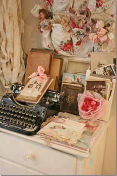 Dreamy.. Craft Room