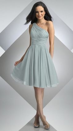 Love the style for bridesmaids dresses