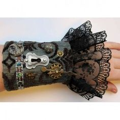 http://www.robotvsbadger.com/products/awesome-guide-to-steampunk-costumes-womens/