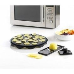 Mastrad A64601 Top Chips Maker and Slicer Set (Make Your Own Healthy Potato Chips or Apple Chips At Home In Your Microwave)