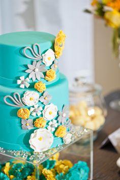 Paper Flower Inspiration wedding cake - Cake & Desserts:  Bluebird Cakes