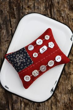 Fourth of July patriotic pinkeep