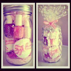 DIY Birthday Gift: Manicure in a Jar. Essie ombré inspired...