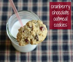 Cranberry Chocolate Oatmeal Cookies | Real Food Real Deals #healthy #recipe #dessert