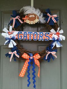 gator wreath, idea, craft, footbal season, seasons, florida gator girl, florida gators wreath, football season, university of florida
