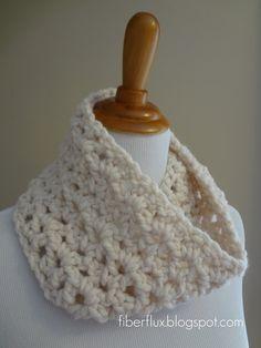Meringue Cowl (free crochet pattern)...sweet simplicity.