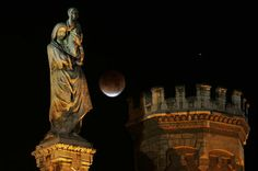 Passover, a holiday for all, starts with a blood-red moon | Deseret News