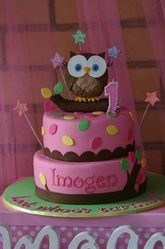 Cute owl cake...