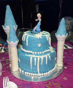 Elsa cake: Frozen birthday party:)