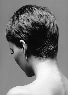 Mia Farrow, 1966, Richard Avedon.