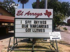 El Arroyo sign. Yo.