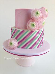 Pink Cake with Wafer Paper Ranunculus pink cakes, paper ranunculus, heaven, favorit flower, girl cakes, wafer paper, stripe cake
