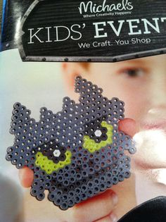 Toothless craft, fun party activity for a How to Train your Dragon Party
