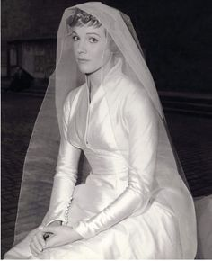 Julie Andrews as Maria Von Trapp. In case you forgot what PERFECTION was wedding dressses, julie andrews, juli andrew, sound of music wedding dress, julia roberts, dresses, movi, gown, bride
