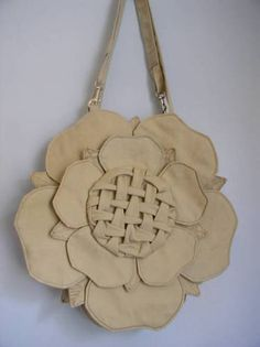 tudor rose, sac, fashion idea, roses, rose bag, bolso, purse patterns, rose purs, leather purses