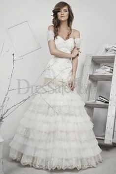 Off The Shoulder Sweet Heart Mermaid Cut Multilayer Lace Wedding Dress