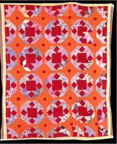 Turkey Tracks variation quilt made by Sally Epps (Taylor, Arkansas) in the late 1930s. Collection of the Old Statehouse Museum, Arkansas. This is a mixture of improvisational and traditional piecing.