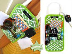 ScrapBusters: Doorknob Reminder Caddy | Sew4Home