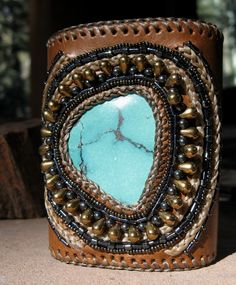 Leather  and turquoise bracelet;Jewelry;cuff;
