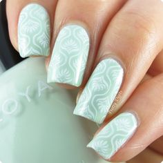 Nail Art : Zoya Neely + Konad m83 nail arts, mint, white pattern
